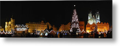 Old Town Square Photographs Metal Print featuring the photograph Christmas Market by Gary Lobdell