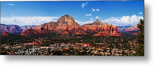 Red Rock Metal Print featuring the photograph Sedona Red Rock by Lisa Spencer