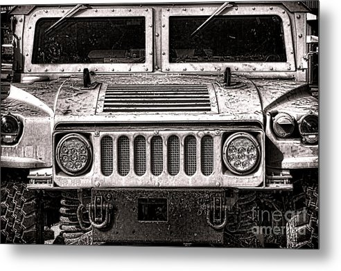 Oomphy Humvee by Olivier Le Queinec