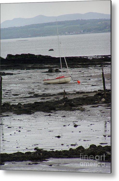 Scotland Metal Print featuring the photograph Beach At Culross Scotland by Lesley Nolan