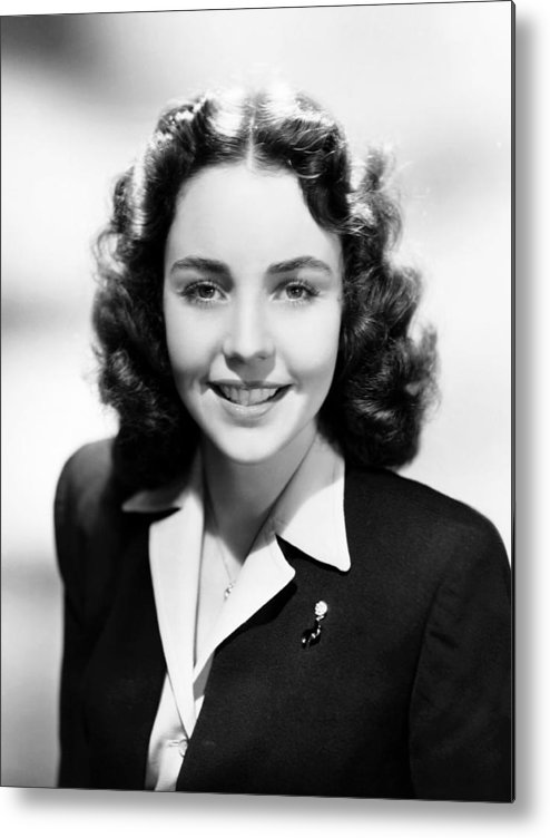 1940s Hairstyles Metal Print featuring the photograph Jennfer Jones, Ca. 1944 by Everett