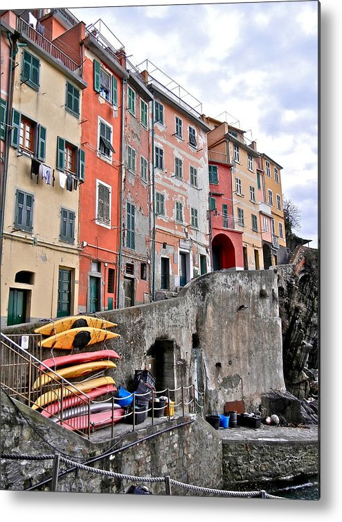Cinque Terre Metal Print featuring the photograph Cinque Terre Vi by David Ritsema