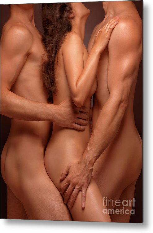 Amateur nude model faye valentine