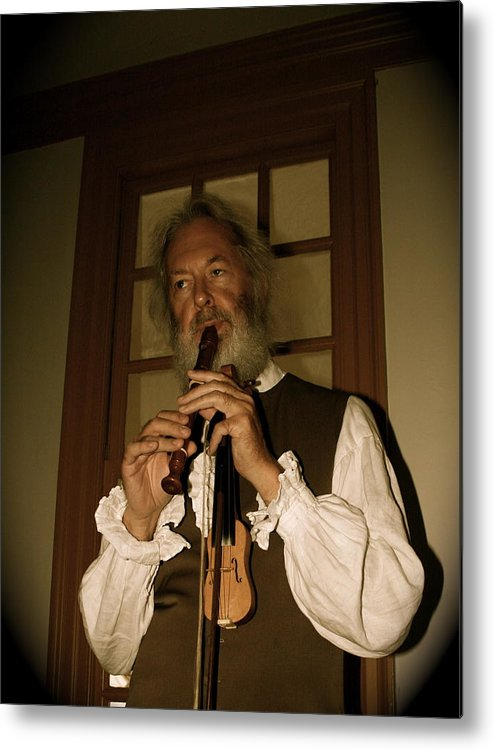 Colonial Metal Print featuring the photograph Colonial Entertainer by Aimee Galicia Torres