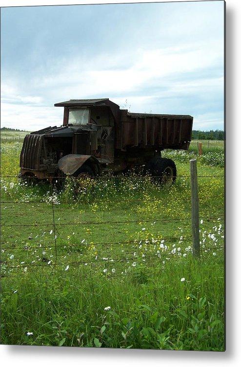Mack Truck Metal Print featuring the photograph Mack Truck by Gene Ritchhart