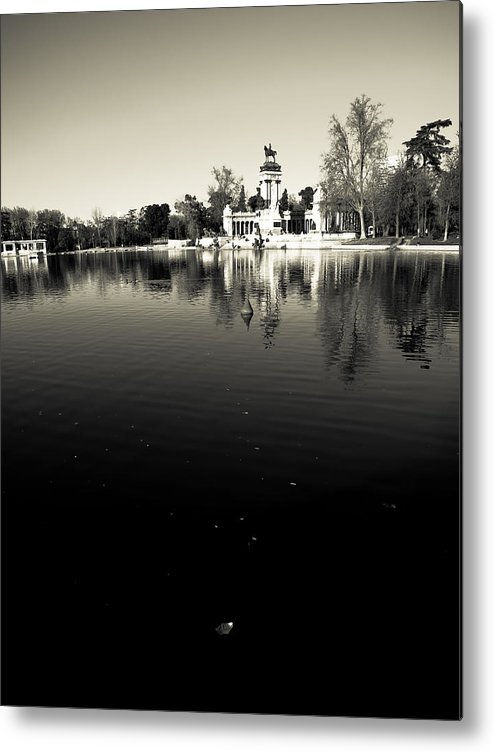 Water Metal Print featuring the photograph Retiro by Felix M Cobos