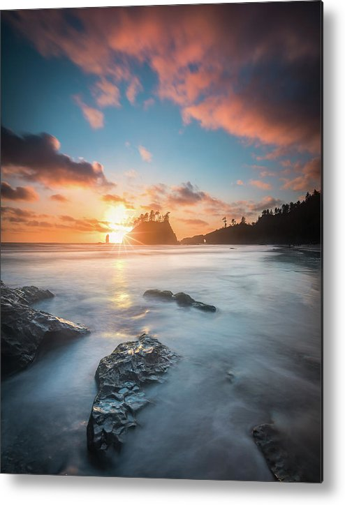 America Metal Print featuring the photograph Pacific Sunset At Olympic National Park by William Freebilly photography