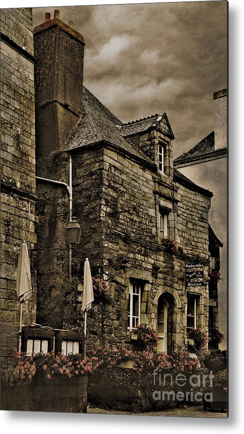 Architecture Metal Print featuring the photograph Old House - Rochefort-en-terre - La Bretagne by Mark Hendrickson