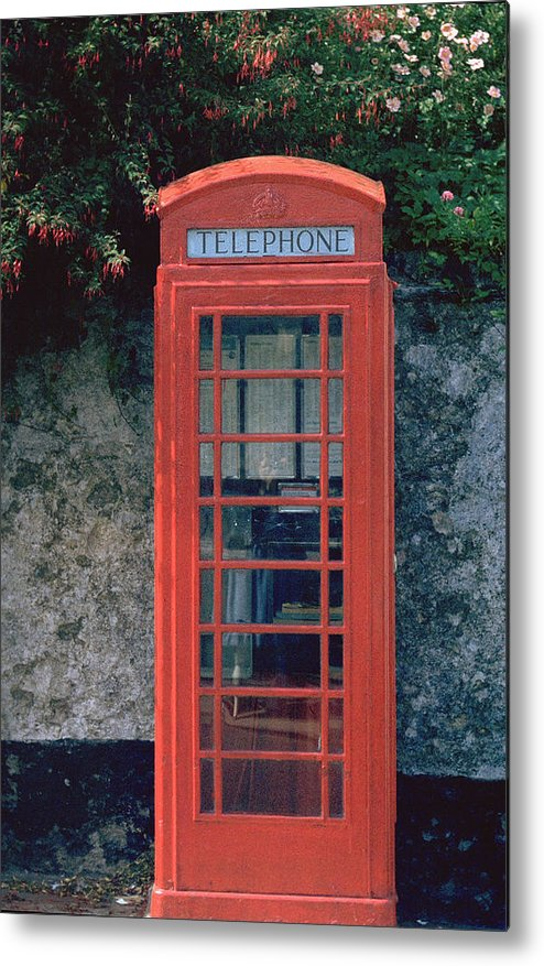 Great Britain Metal Print featuring the photograph Phone Booth by Flavia Westerwelle