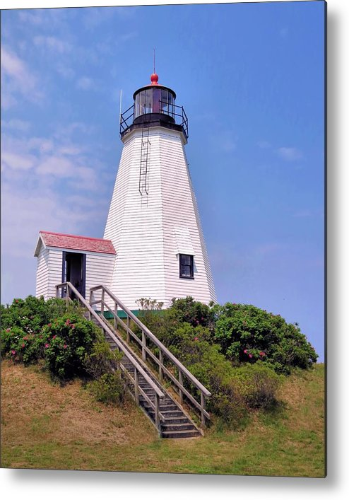 Lighthouses Metal Print featuring the photograph Plymouth Light by Janice Drew
