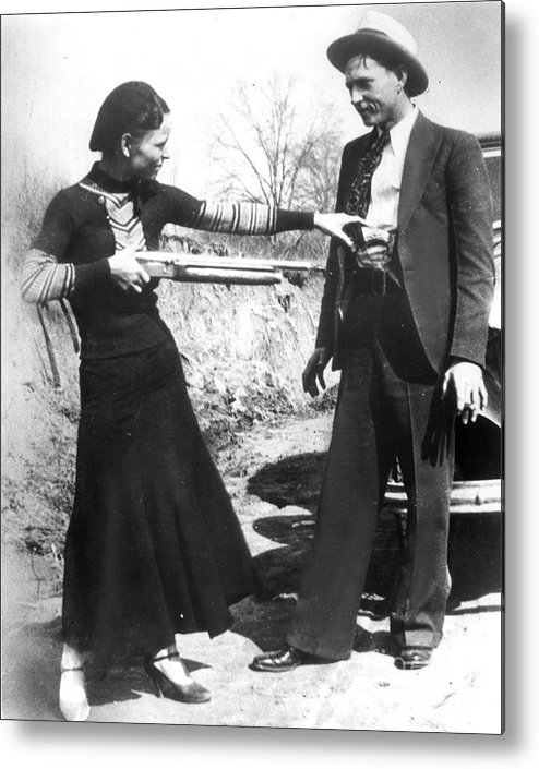 1933 Metal Print featuring the photograph Bonnie And Clyde, 1933 by Granger