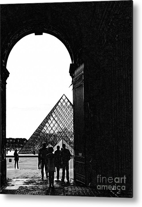 The Louvre Metal Print featuring the photograph Passage To The Louvre by Chuck Kuhn