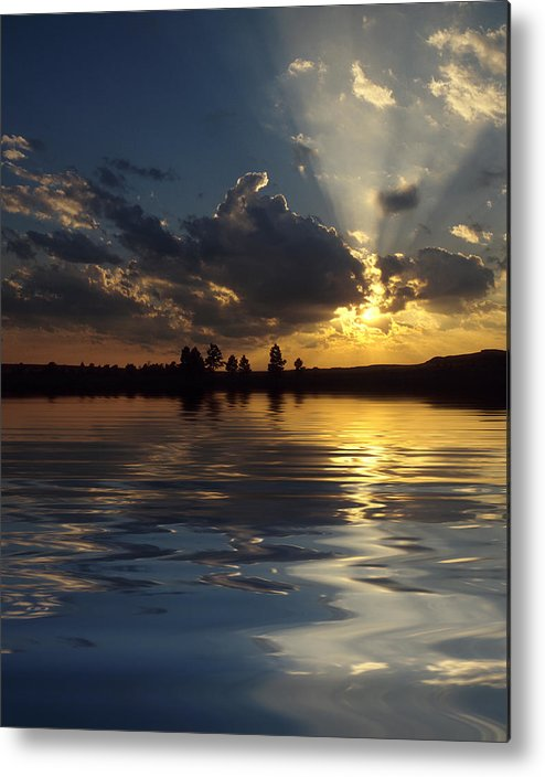 Sunset Metal Print featuring the photograph Sunray Sunset by Jerry McElroy