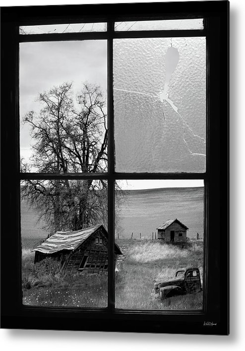 Black And White Metal Print featuring the photograph Memories Past by Leland D Howard