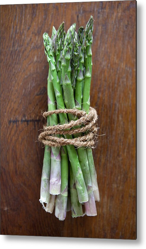 Kitchen Metal Print featuring the photograph A Bundle Of Asparagus by Halfdark