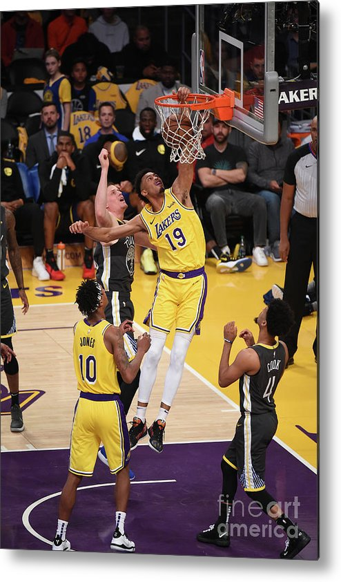 Nba Pro Basketball Metal Print featuring the photograph Golden State Warriors V Los Angeles by Adam Pantozzi
