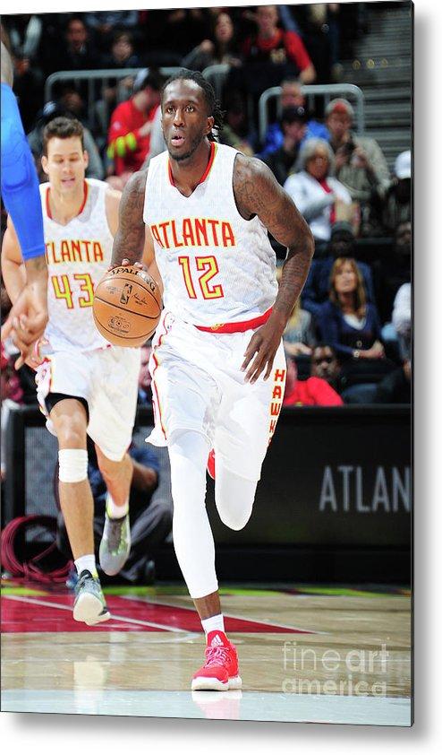 Atlanta Metal Print featuring the photograph Detroit Pistons V Atlanta Hawks by Scott Cunningham