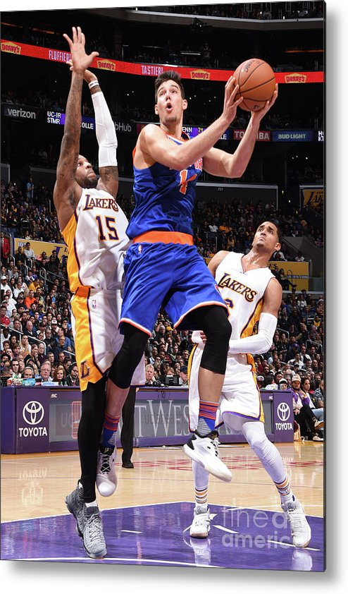 Guillermo Hernangómez Geuer Metal Print featuring the photograph New York Knicks V Los Angeles Lakers by Andrew D. Bernstein