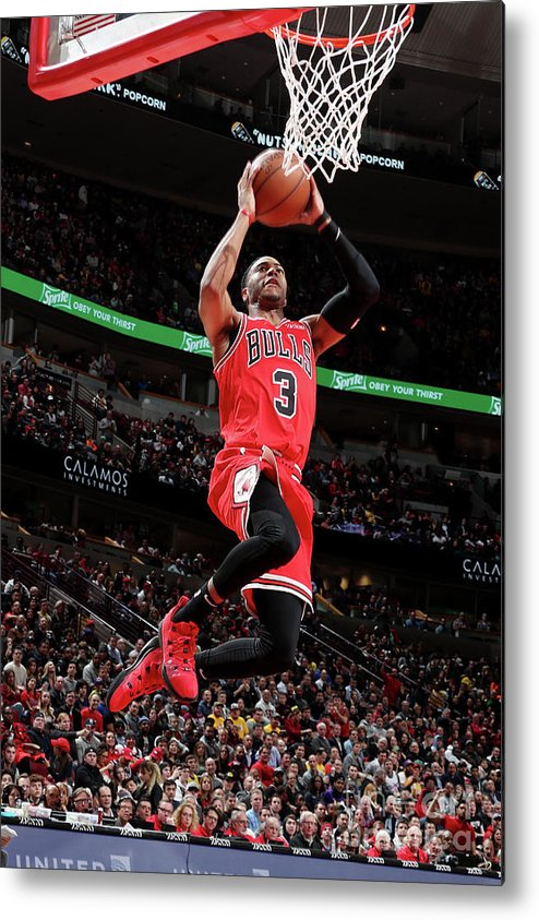 Nba Pro Basketball Metal Print featuring the photograph Los Angeles Lakers V Chicago Bulls by Nathaniel S. Butler