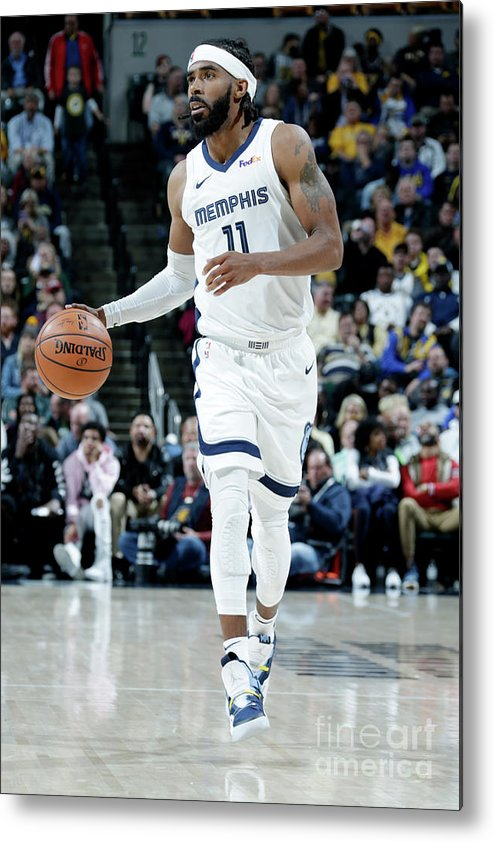 Nba Pro Basketball Metal Print featuring the photograph Memphis Grizzlies V Indiana Pacers by Ron Hoskins