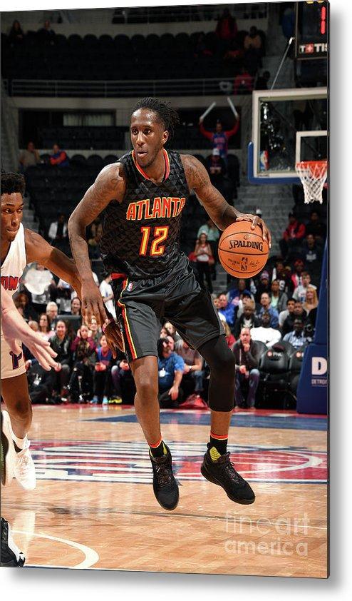 Nba Pro Basketball Metal Print featuring the photograph Atlanta Hawks V Detroit Pistons by Chris Schwegler