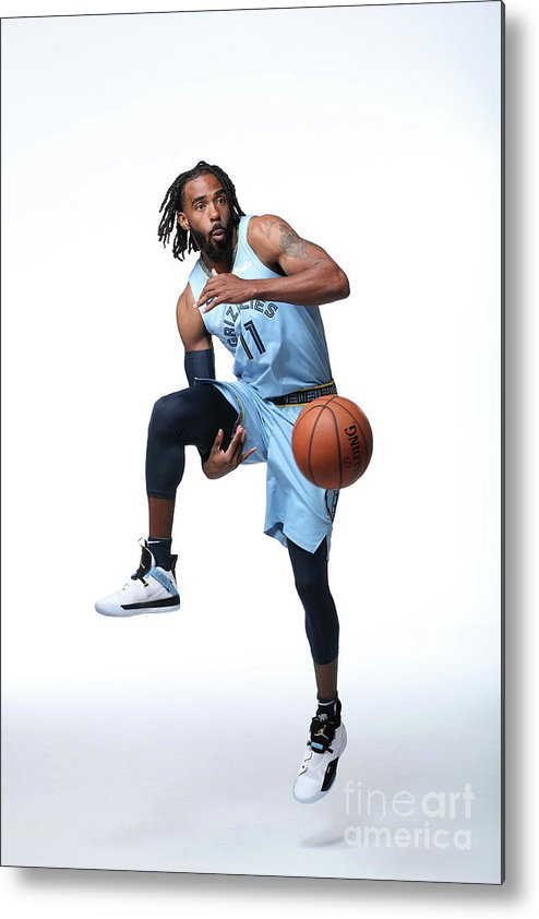 Media Day Metal Print featuring the photograph 2018-19 Memphis Grizzlies Media Day by Joe Murphy