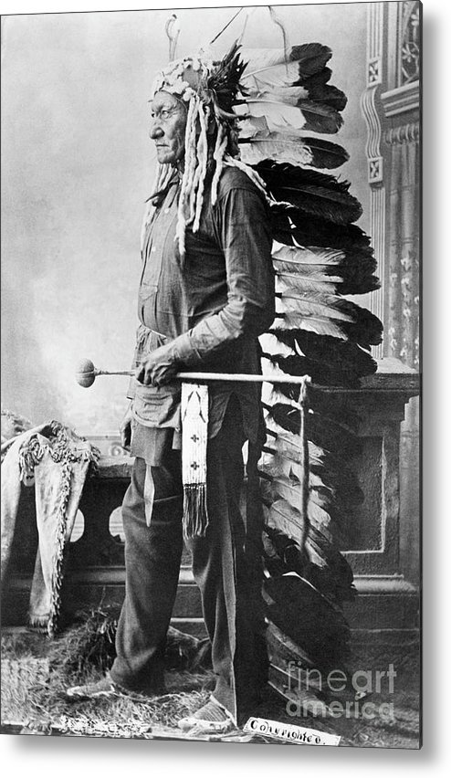 People Metal Print featuring the photograph Chief Sitting Bull by Bettmann