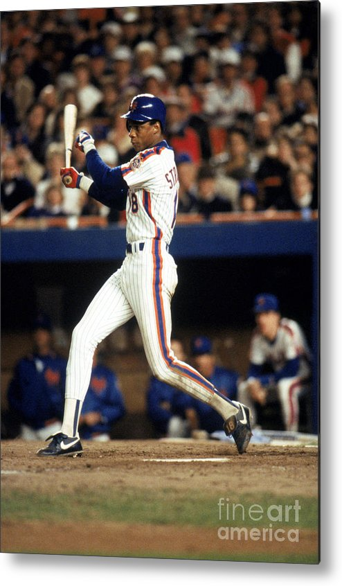 1980-1989 Metal Print featuring the photograph Darryl Strawberry by T.g. Higgins