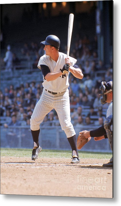 American League Baseball Metal Print featuring the photograph Roger Maris by Louis Requena