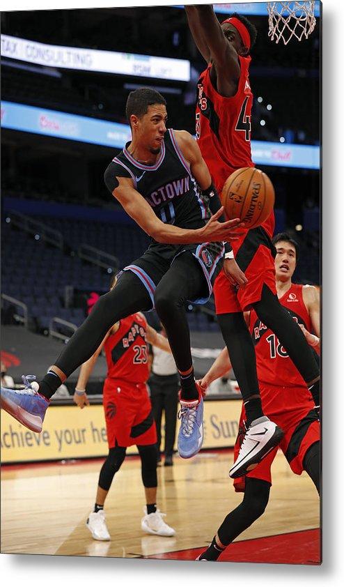 Nba Pro Basketball Metal Print featuring the photograph Sacramento Kings v Toronto Raptors by Scott Audette