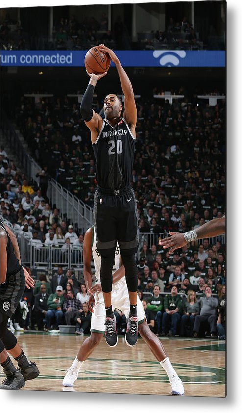 Playoffs Metal Print featuring the photograph Wayne Ellington by Gary Dineen