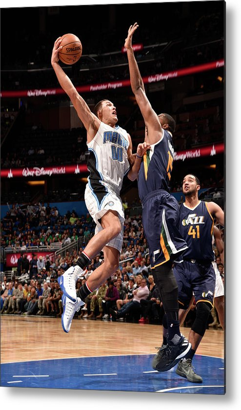 Nba Pro Basketball Metal Print featuring the photograph Aaron Gordon by Gary Bassing