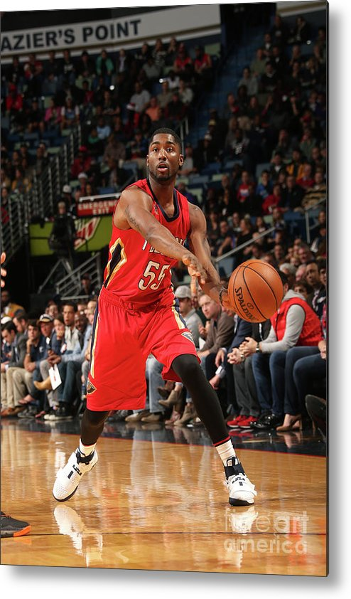 Smoothie King Center Metal Print featuring the photograph E'twaun Moore by Layne Murdoch
