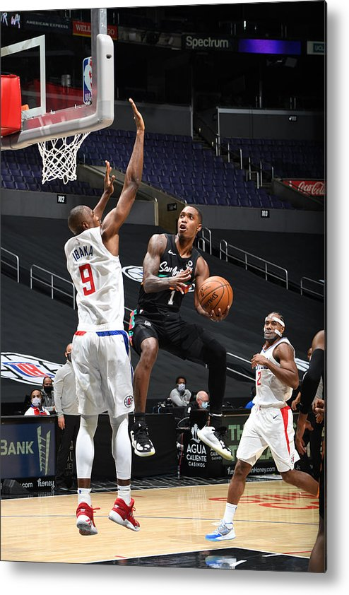 Nba Pro Basketball Metal Print featuring the photograph San Antonio Spurs v LA Clippers by Adam Pantozzi