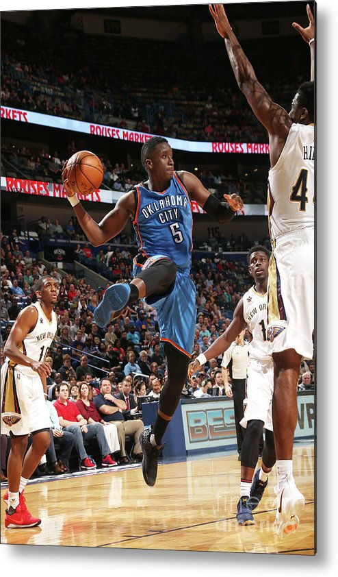 Smoothie King Center Metal Print featuring the photograph Victor Oladipo by Layne Murdoch