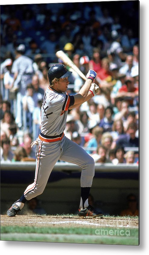 1980-1989 Metal Print featuring the photograph Alan Trammell by Rich Pilling