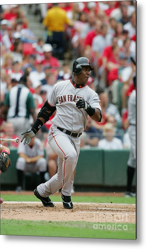 Sports Bat Metal Print featuring the photograph Barry Bonds by Dilip Vishwanat