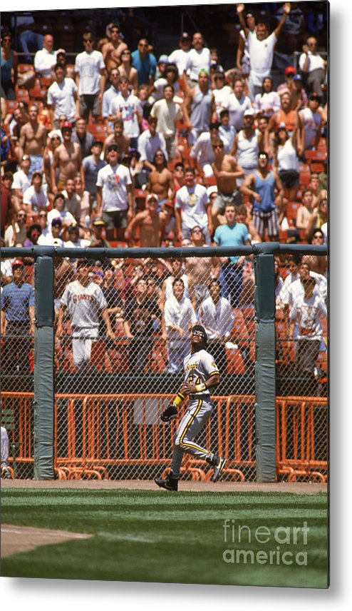 Candlestick Park Metal Print featuring the photograph Barry Bonds by Otto Greule Jr