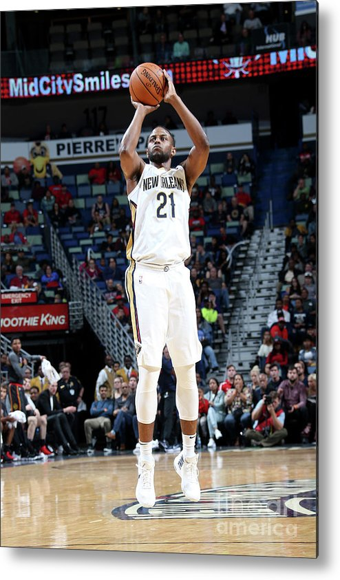 Smoothie King Center Metal Print featuring the photograph Darius Miller by Layne Murdoch