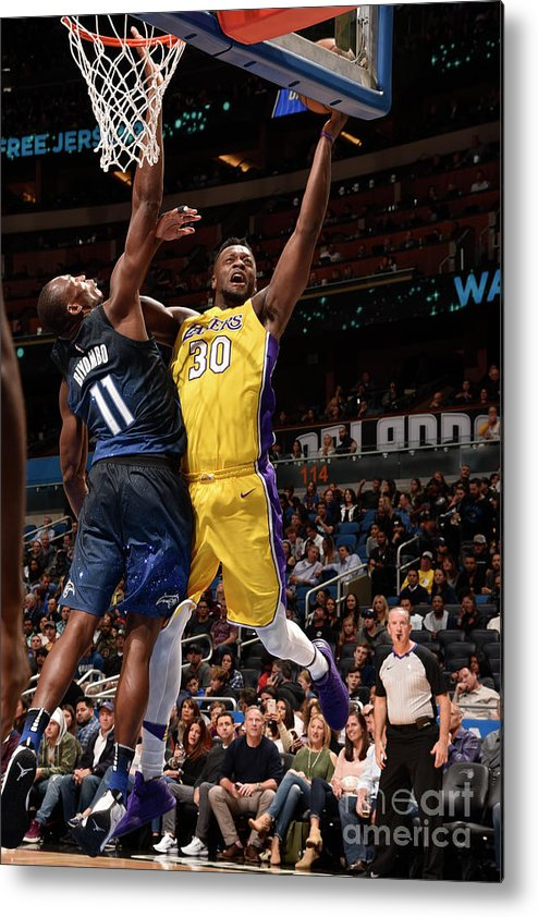 Nba Pro Basketball Metal Print featuring the photograph Julius Randle by Gary Bassing