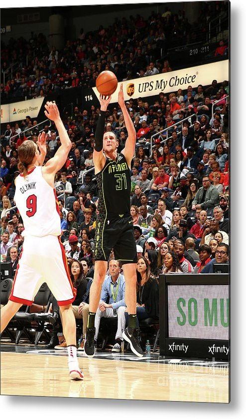 Atlanta Metal Print featuring the photograph Mike Muscala by Kevin Liles