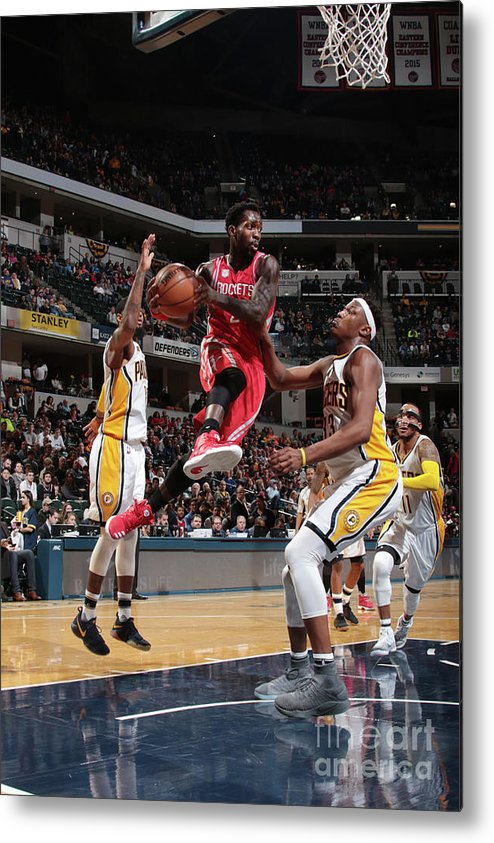 Nba Pro Basketball Metal Print featuring the photograph Patrick Beverley by Ron Hoskins