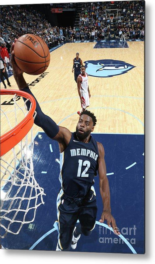 Nba Pro Basketball Metal Print featuring the photograph Tyreke Evans by Joe Murphy