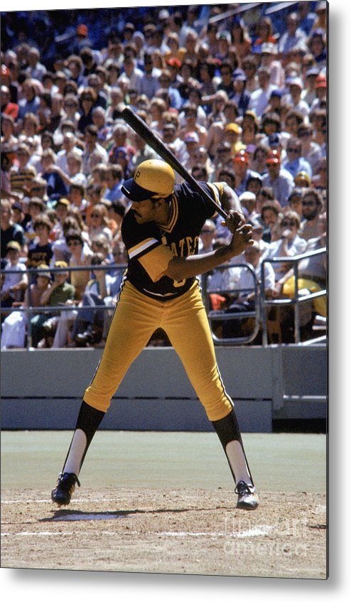Sports Bat Metal Print featuring the photograph Willie Stargell by Mlb Photos