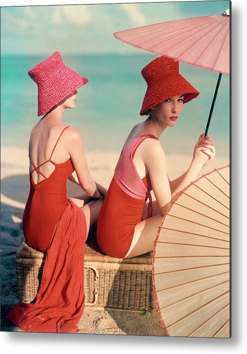 Fashion Metal Print featuring the photograph Models At A Beach by Louise Dahl-Wolfe