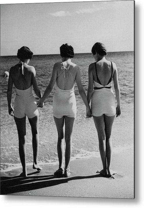 Fashion Metal Print featuring the photograph Models On A Beach by Toni Frissell