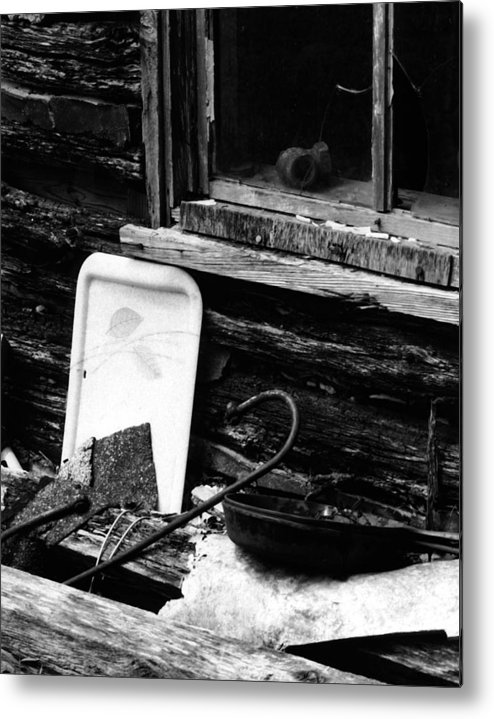 Metal Print featuring the photograph Cabin-window by Curtis J Neeley Jr