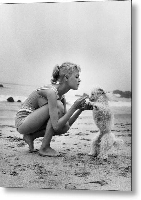 People Metal Print featuring the photograph Sandra Dee by Hulton Archive