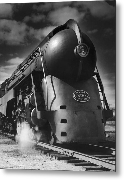Aerodynamic Metal Print featuring the photograph Hudson Steam Loco by Lionel Green