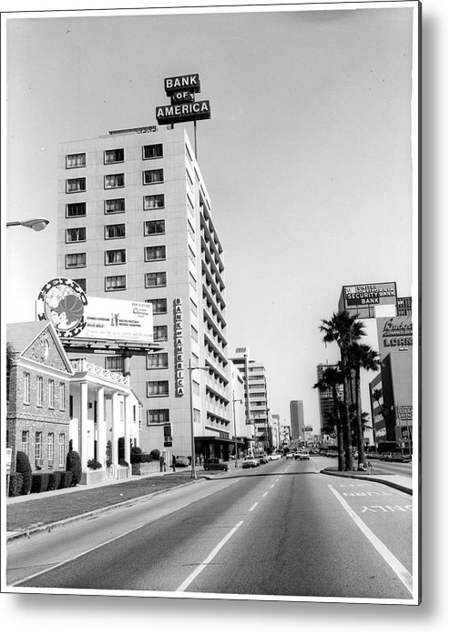 East Metal Print featuring the photograph Looking East On Wilshire Boulevard by American Stock Archive